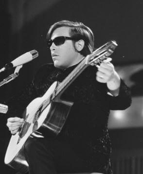 Jose Feliciano musico ciego