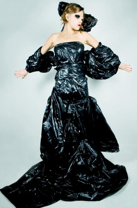 Patrones para el reciclaje de ropa boho. Para confeccionar estas prendas de ropa con reciclaje necesitamos los patrones boho. Con ellos podemos hacer algunos de los diseños que hemos visto y también modelos únicos, con una gran dosis de creatividad.