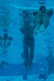 Aqua Yoga: Cómo es el yoga en el agua o Yoga acuático
